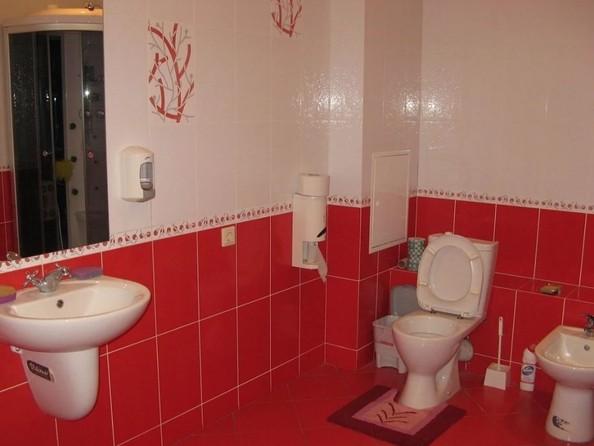 Продам 4-комнатную, 139 м2, Большевистская ул, 43. Фото 10.