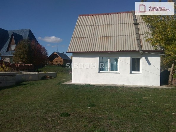 Продам 2-комнатную, 50 м², Обская ул, 208. Фото 2.