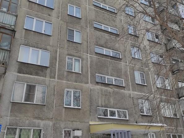 Продам 2-комнатную, 46.6 м2, Тульская ул, 270/1. Фото 1.