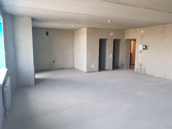 Продам 2-комнатную, 60.9 м², Северная 3-я ул, 123. Фото 10.