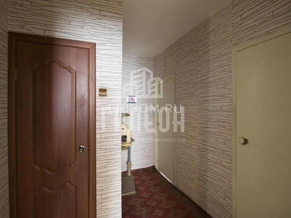 Продам 3-комнатную, 76 м², Барнаульская ул, 97. Фото 16.