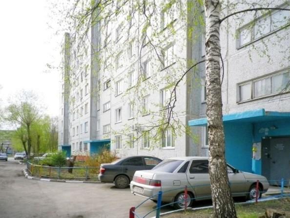 Продам 2-комнатную, 53 м², Лукашевича ул, 2в. Фото 7.