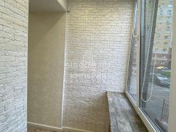 Сдам в аренду 3-комнатную квартиру, 82 м², Омск. Фото 8.