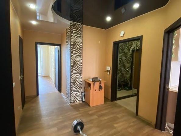 Продам 2-комнатную, 68 м², Степанца ул, 2. Фото 14.