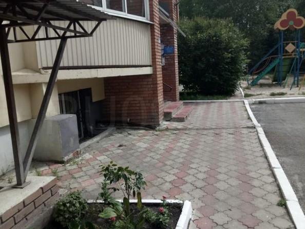 Продам 2-комнатную, 67 м², Мокрушина ул, 9а. Фото 3.