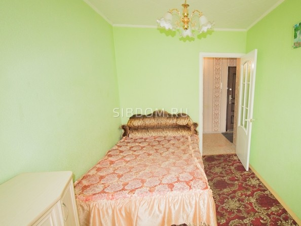 Продам 2-комнатную, 42.8 м², Ленина пр-кт, 235. Фото 4.